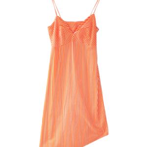 Vestido naranja con estampado de rayas blancas escote en V