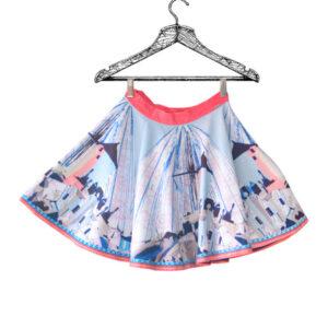 Falda rotonda azul con rosado estampado marca Prizmma